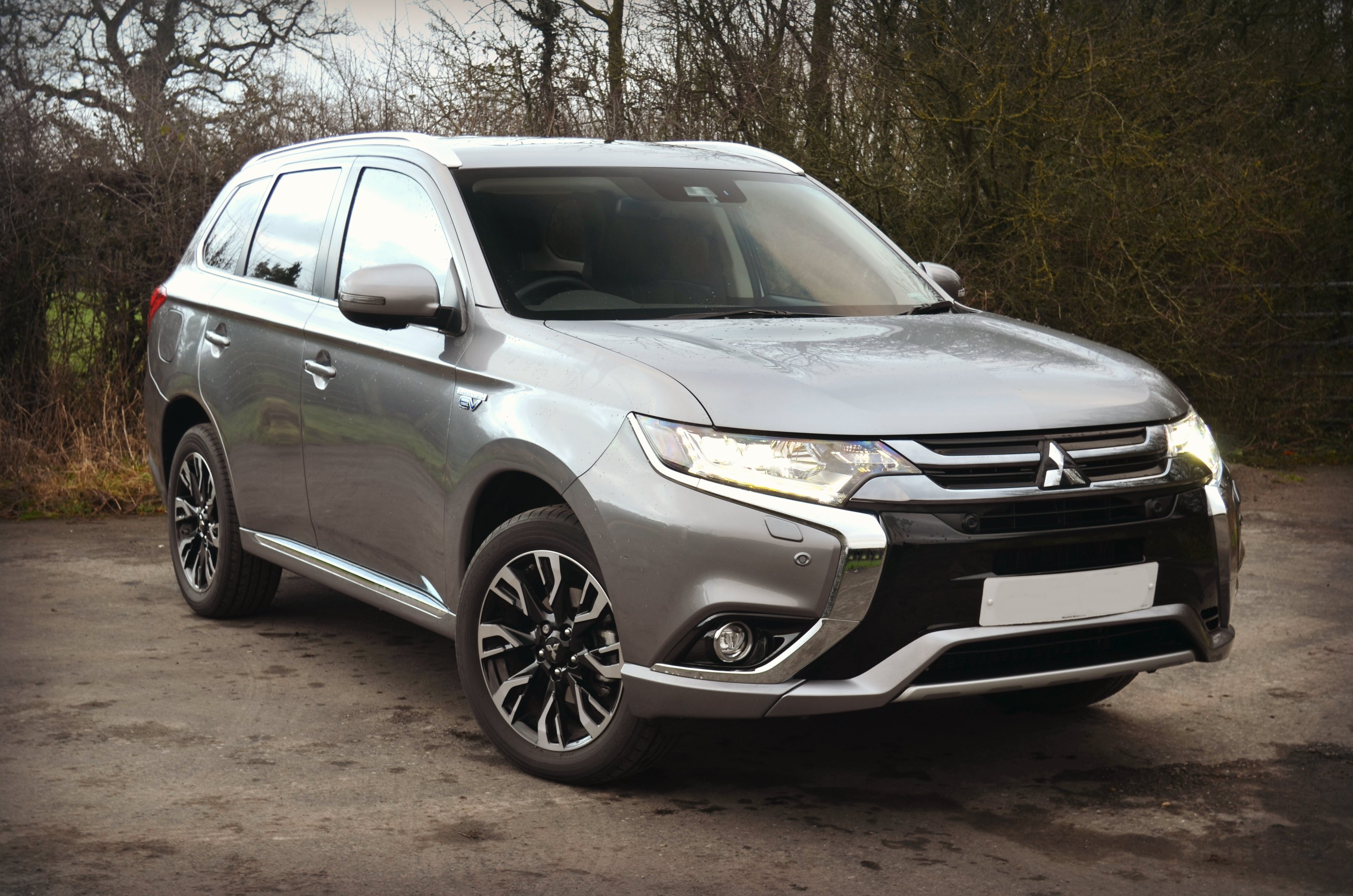 mitsubishi outlander phev hybrid drive south west luxury prestige sports car hire in. Black Bedroom Furniture Sets. Home Design Ideas